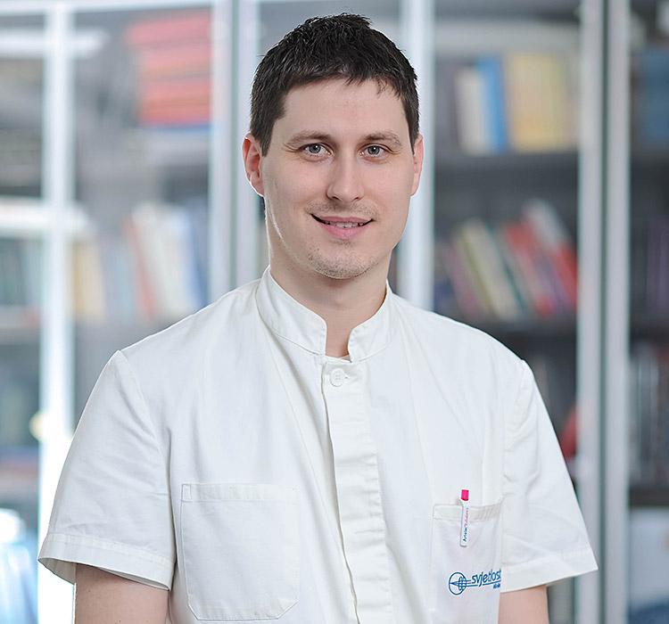Dott.Neven Miličić, specialista in oftalmologia